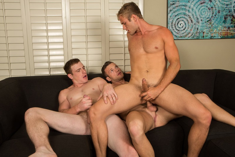 SeanCody-naked-hunks-Sean-Blake-Curtis-sexy-muscled-boys-threesome-hot-sucking-huge-raw-cocks-fucking-bareback-ass-tight-bubble-butt-22-gay-porn-star-sex-video-gallery-photo