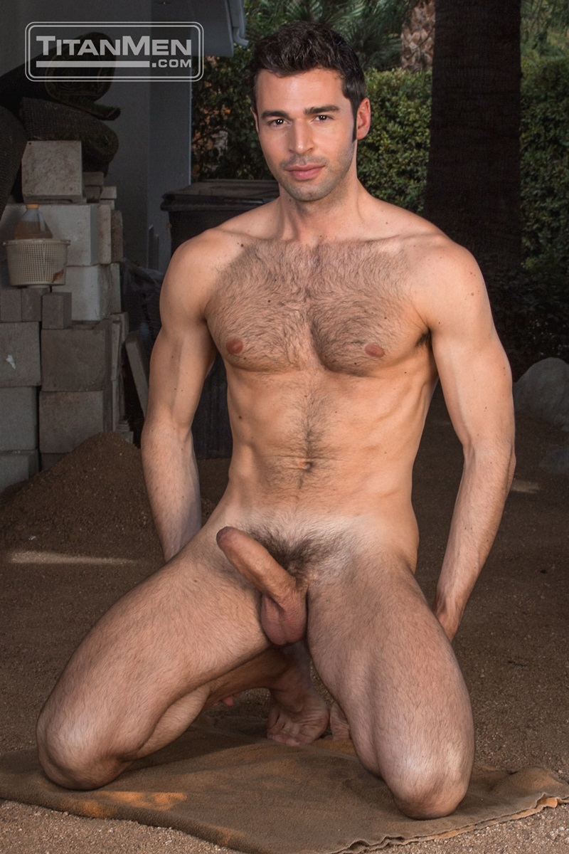 from Maddox photo sexy man nude andnot gay