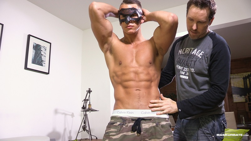 Maskurbate Young naked muscle bodybuilders Philippe jerks Stroking jock large uncut cock foreskin ripped six pack abs broad shoulders 04 gay porn star sex video gallery photo - Young jock bodybuilder Philippe jerks his large uncut cock