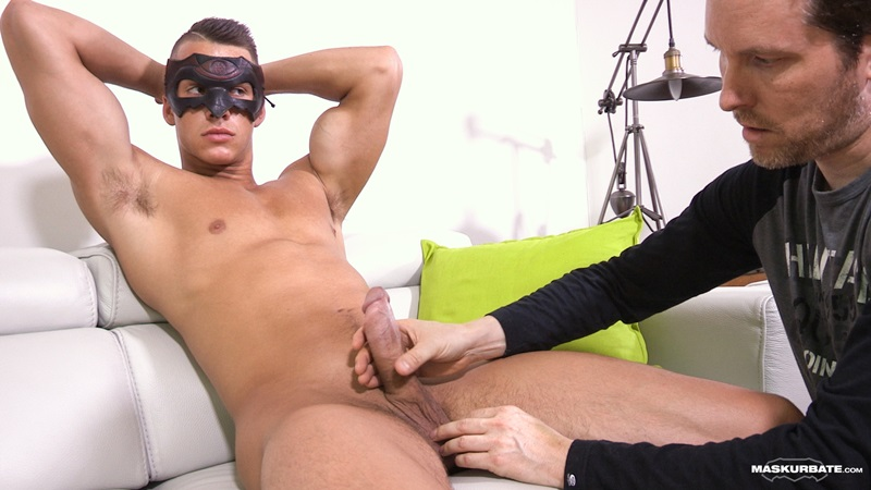 Maskurbate Young naked muscle bodybuilders Philippe jerks Stroking jock large uncut cock foreskin ripped six pack abs broad shoulders 08 gay porn star sex video gallery photo - Young jock bodybuilder Philippe jerks his large uncut cock