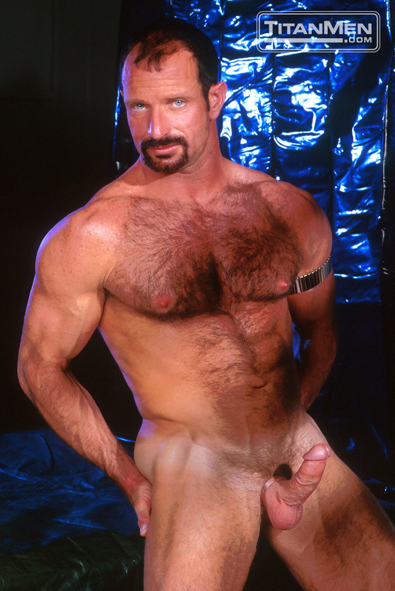 TitanMen-Austin-Masters-Bronn-Douglas-Damon-Page-Jackson-Reid-Jay-Black-Jim-Buck-Kyle-Brandon-Mike-Roberts-Ric-Hunter-Steve-Cannon-02-gay-porn-star-sex-video-gallery-photo