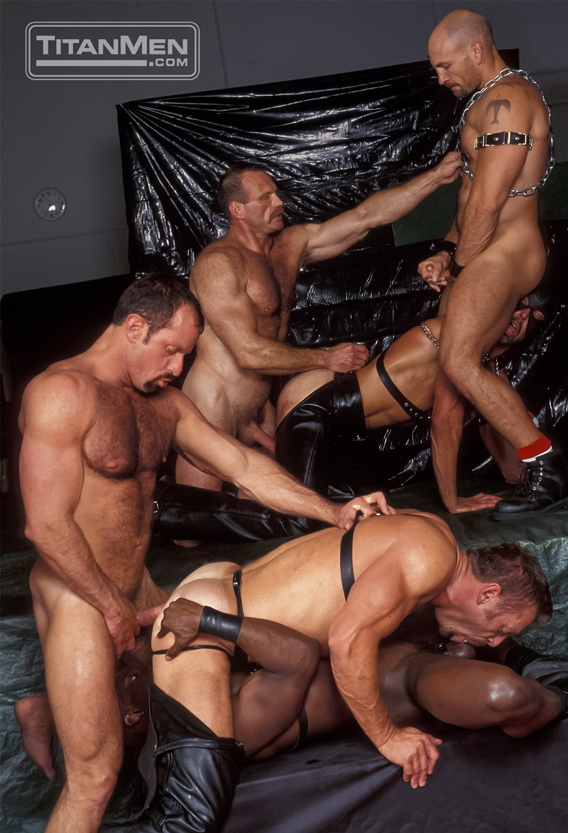 TitanMen-Austin-Masters-Bronn-Douglas-Damon-Page-Jackson-Reid-Jay-Black-Jim-Buck-Kyle-Brandon-Mike-Roberts-Ric-Hunter-Steve-Cannon-22-gay-porn-star-sex-video-gallery-photo