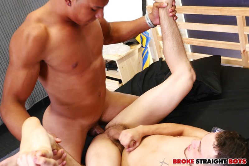BrokeStraightBoys-naked-straight-men-Devon-Felix-big-raw-bare-dick-bareback-fucking-David-Hardy-boys-kissing-sucking-bubble-ass-cheeks-13-gay-porn-star-tube-sex-video-torrent-photo