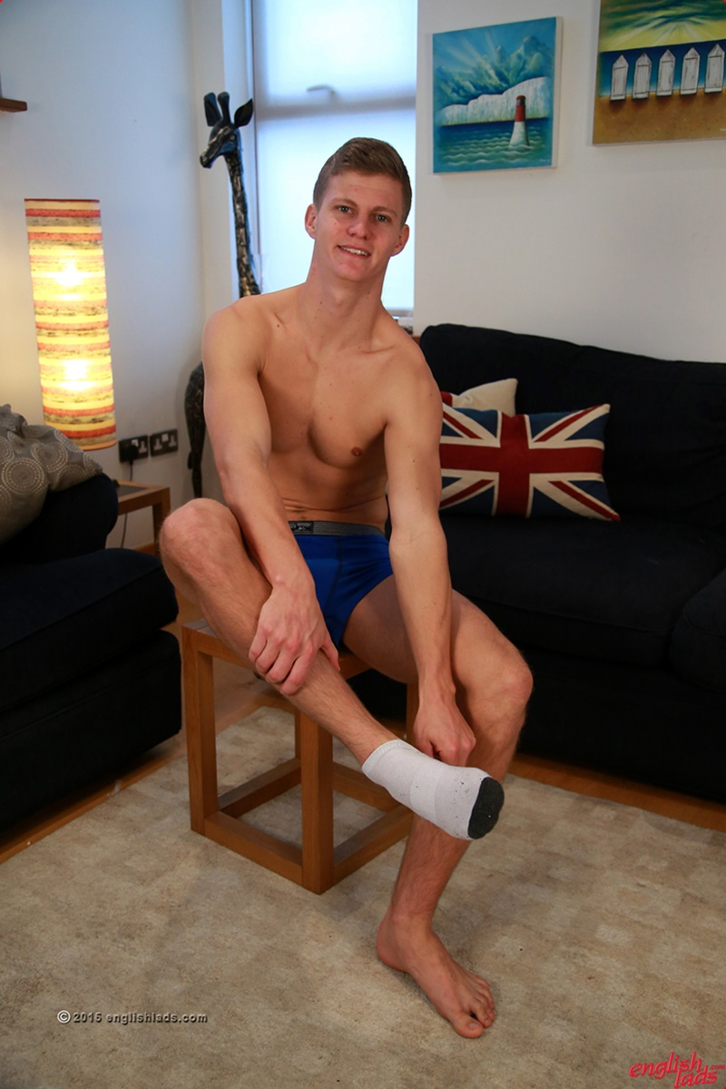 EnglishLads-sexy-naked-muscle-hunk-Greg-Hill-blond-young-man-smooth-chest-hairy-legs-six-pack-abs-jerking-huge-uncut-dick-34-gay-porn-star-tube-sex-video-torrent-photo