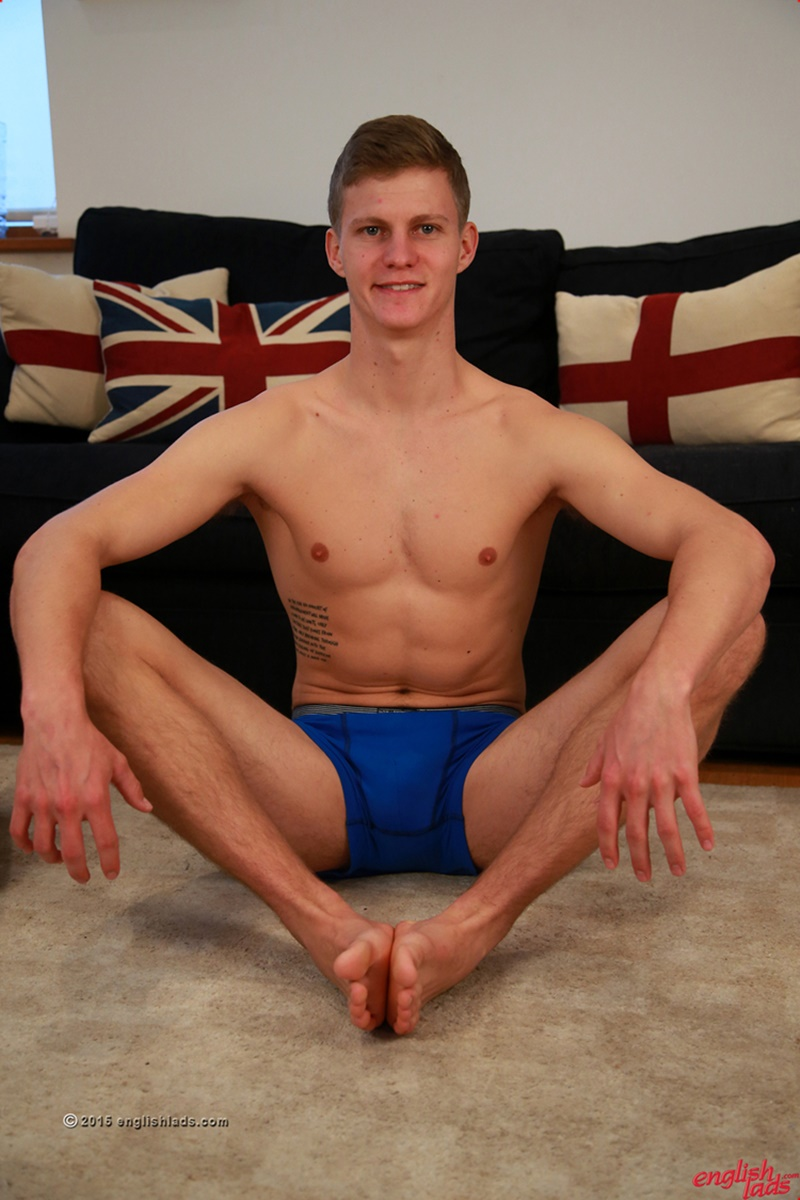 EnglishLads-sexy-naked-muscle-hunk-Greg-Hill-blond-young-man-smooth-chest-hairy-legs-six-pack-abs-jerking-huge-uncut-dick-41-gay-porn-star-tube-sex-video-torrent-photo