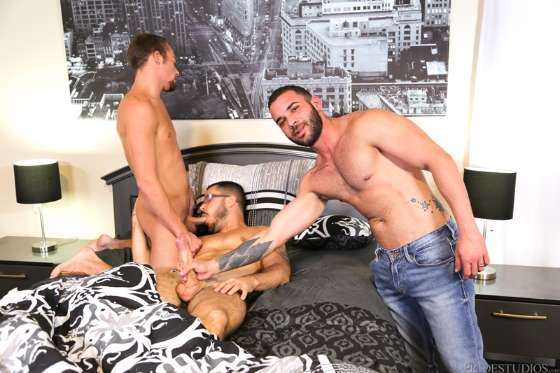 Bubble butt gay male big dick threesome Hardcore Ass Fucking Threesome Valentin Petrov Fernando Del Rio And Zeke Weidman Free Naked Gay Men Big Dicks