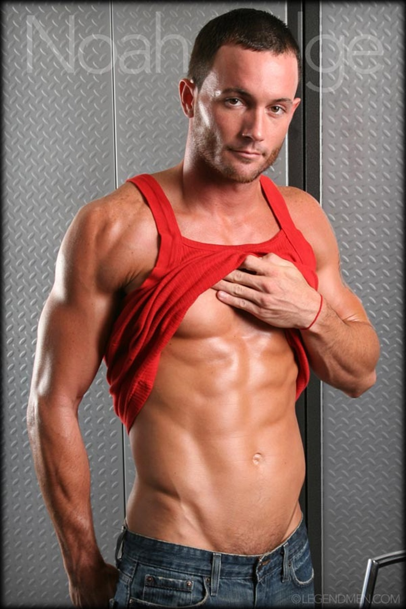 LegendMen-Hot-sexy-muscle-stud-Noah-Ridge-young-muscled-bodybuilder-ripped-body-six-pack-abs-huge-thick-long-dick-hot-bubble-ass-jerks-004-gay-porn-sex-gallery-pics-video-photo