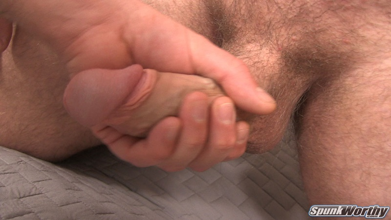 Alluring, sexy, hairy cumshot gay video