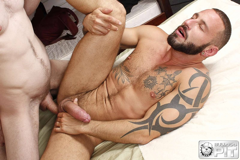 BulldogPit-tattoo-Handsome-Scottish-soldier-AJ-Alexander-muscle-man-Antonio-Miracle-sweaty-ass-fucking-big-muscled-dick-fuck-mate-010-gay-porn-sex-gallery-pics-video-photo