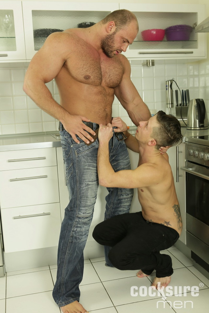 CocksureMen-Hairy-chest-muscle-stud-Thomas-Ride-Petr-Oteo-men-kissing-barebacking-bog-thick-long-bare-cock-ass-fucking-muscled-men-assplay-004-gay-porn-sex-gallery-pics-video-photo