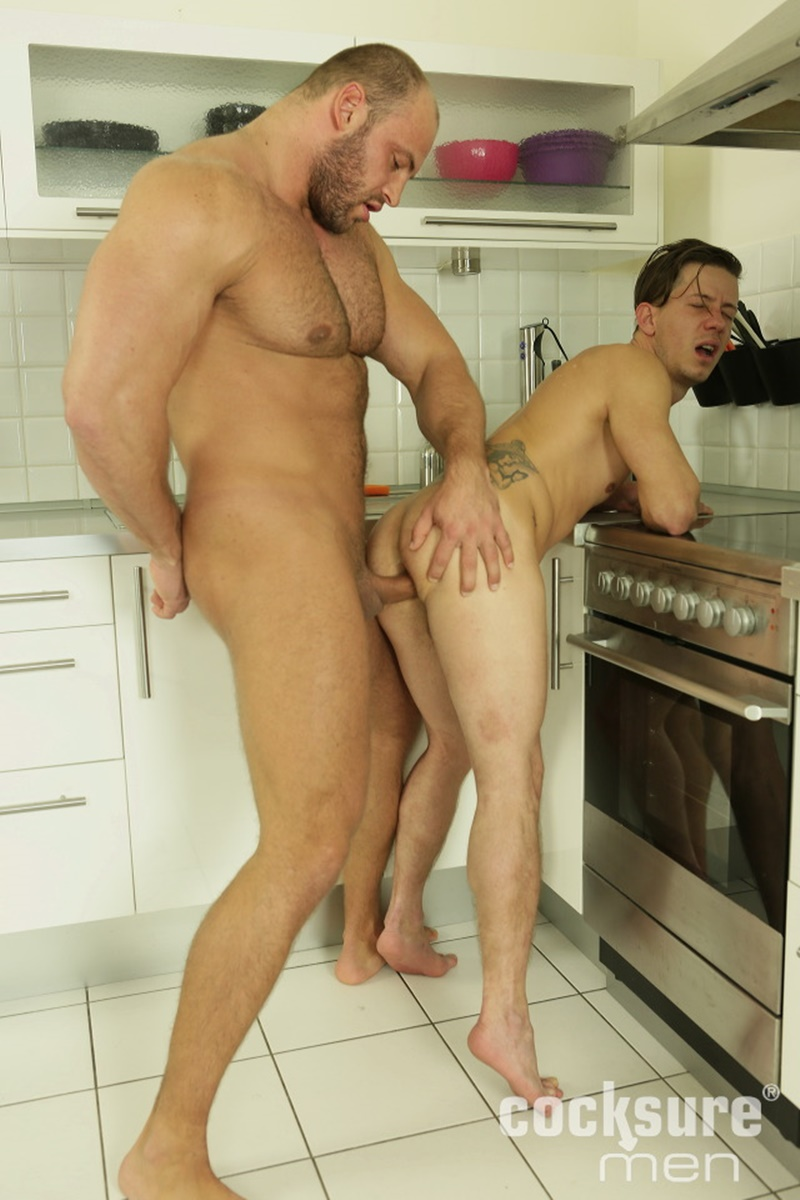 CocksureMen-Hairy-chest-muscle-stud-Thomas-Ride-Petr-Oteo-men-kissing-barebacking-bog-thick-long-bare-cock-ass-fucking-muscled-men-assplay-012-gay-porn-sex-gallery-pics-video-photo