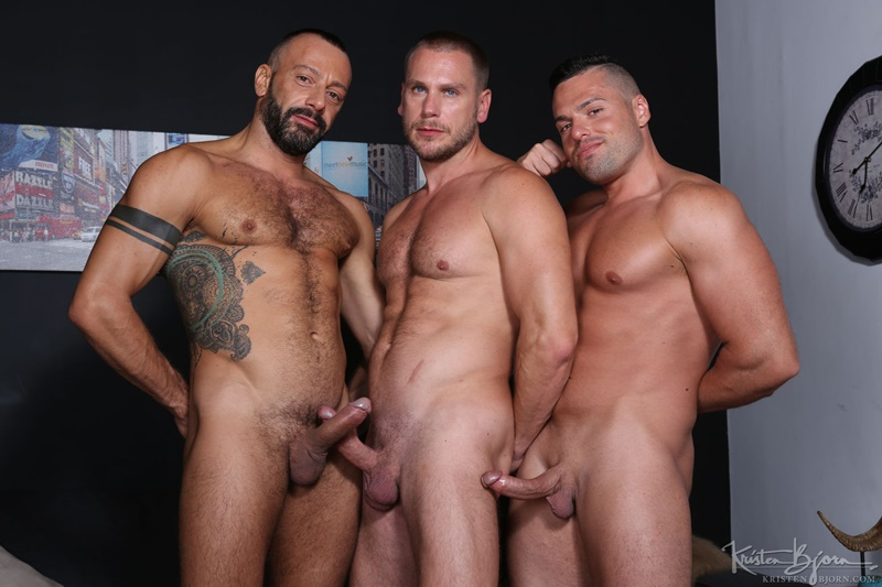 KristenBjorn-sexy-naked-muscle-men-Gabriel-Lunna-Alberto-Esposito-Hans-Berlin-threesome-ass-fucking-huge-uncut-cocks-anal-assplay-rimming-023-gay-porn-sex-gallery-pics-video-photo
