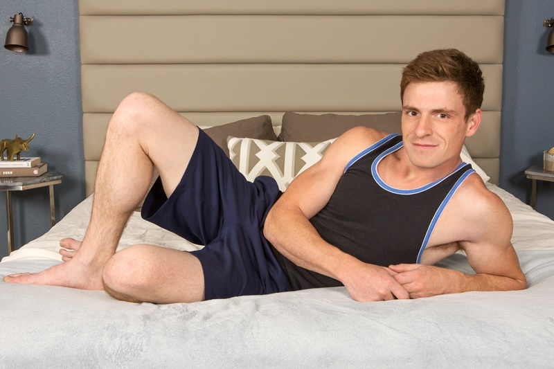 SeanCody-sexy-naked-muscle-guys-Robert-Curtis-ass-fucking-bareback-raw-bare-huge-dick-virgin-muscled-bubble-butt-cocksucker-anal-rimming-008-gay-porn-sex-gallery-pics-video-photo