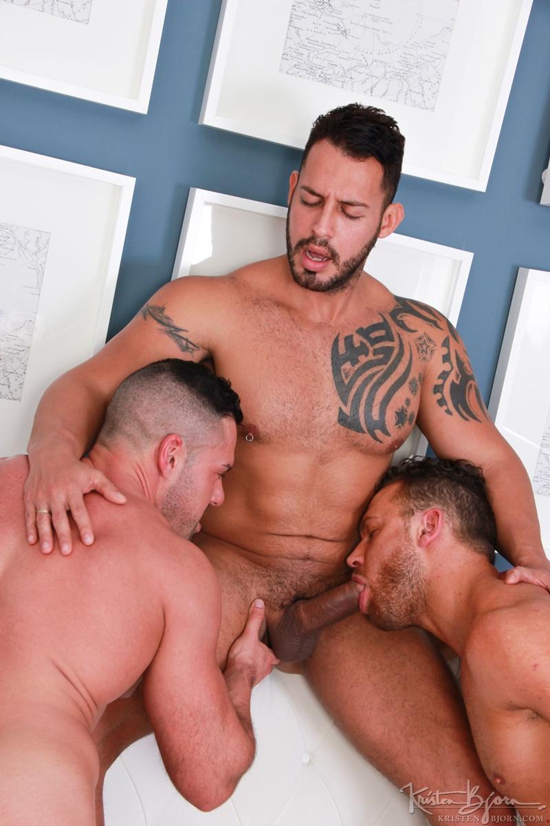 KristenBjorn-sexy-big-muscle-hunks-Logan-Moore-bareback-ass-fucks-Viktor-Rom-Gabriel-Lunna-huge-uncut-dicks-anal-rimming-tattoo-musclemen-studs-007-gay-porn-sex-gallery-pics-video-photo