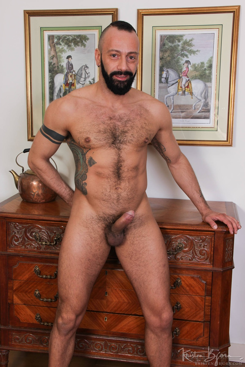 Salvador Mendoza Fuck Both Alberto Esposito And Logan -8755