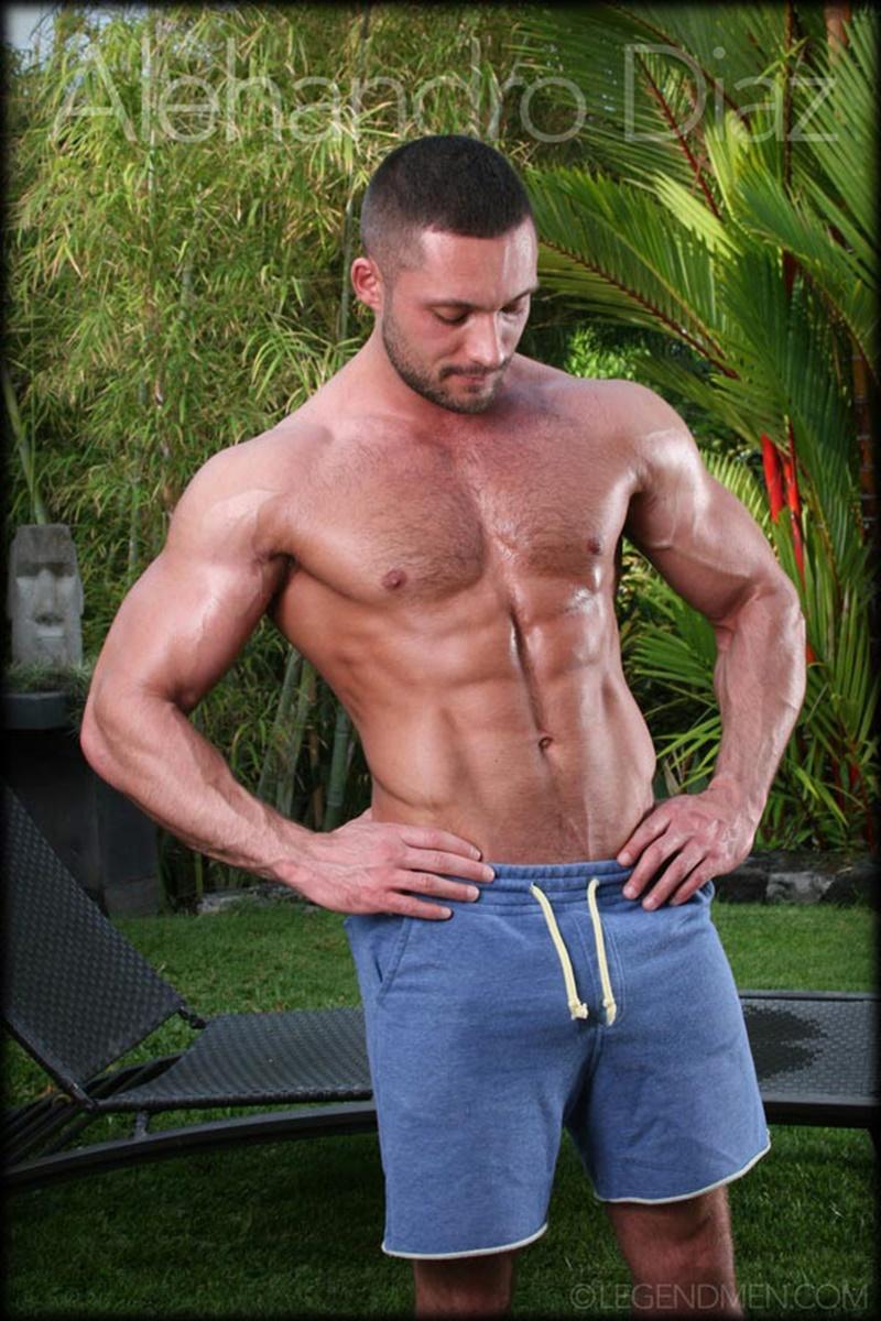 legendmen-tanned-naked-big-muscle-hunk-bodybuilder-alehandro-diaz-jerk-massive-9-inch-uncut-dick-cumshot-orgasm-big-arms-legs-003-gay-porn-sex-gallery-pics-video-photo