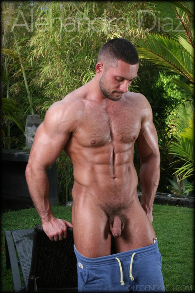 legendmen-tanned-naked-big-muscle-hunk-bodybuilder-alehandro-diaz-jerk-massive-9-inch-uncut-dick-cumshot-orgasm-big-arms-legs-010-gay-porn-sex-gallery-pics-video-photo