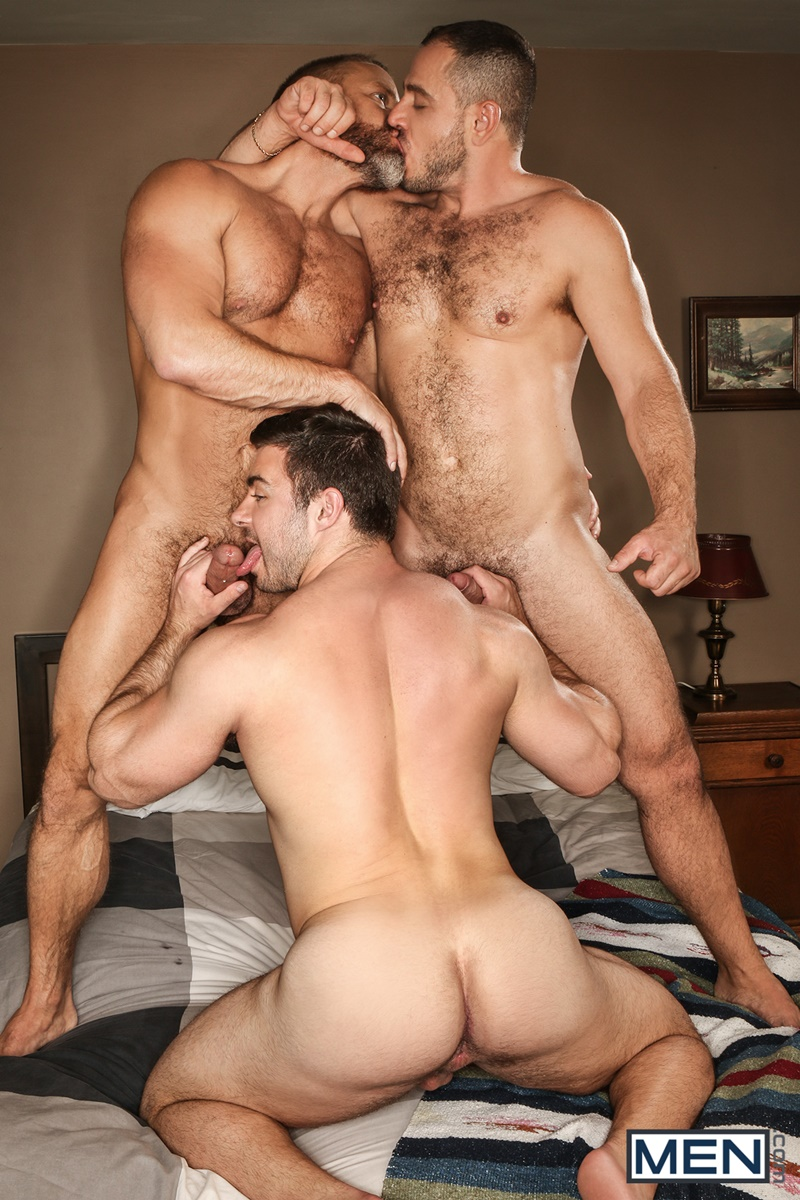 men-sexy-naked-hairy-chest-bears-hunks-dirk-caber-colton-grey-marc-giacomo-derek-bolt-hardcore-ass-fucking-orgy-big-thick-dicks-012-gay-porn-sex-gallery-pics-video-photo