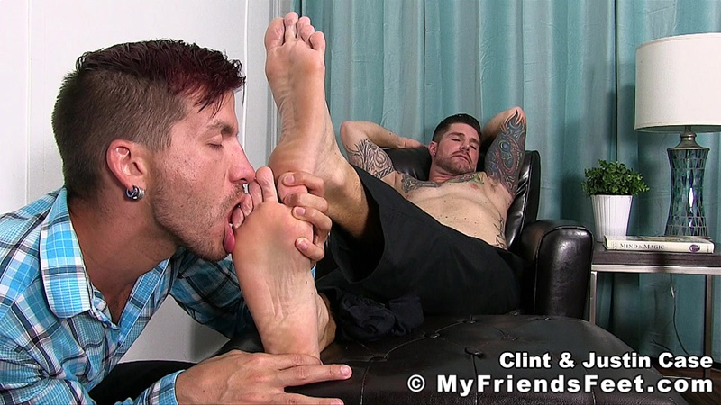 myfriendsfeet-foot-fetish-young-guys-socks-justin-case-clint-bare-foot-worshiping-huge-size-13-shoes-feet-fetishist-014-gay-porn-sex-gallery-pics-video-photo