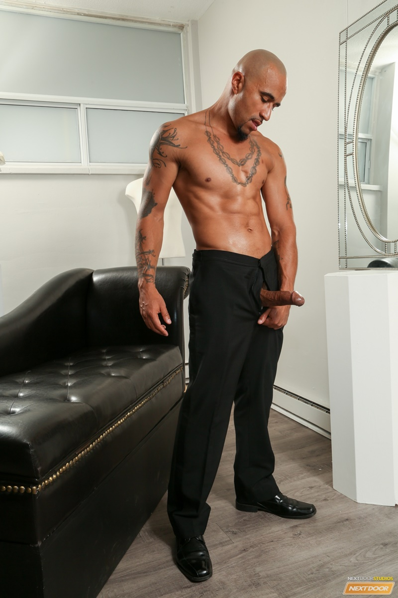 Sexy Ripped Naked Black Dude King Noire Jerks His Huge -3553