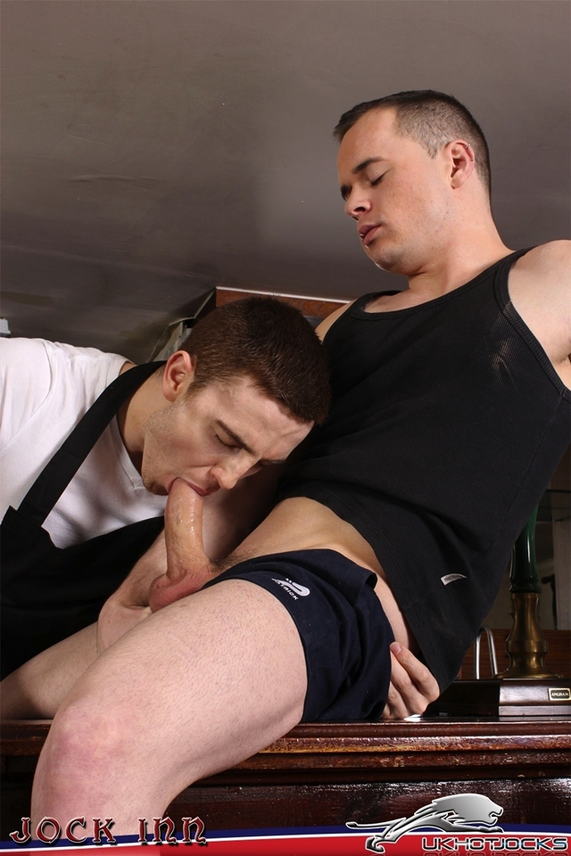 UK-Hot-Jocks-JP-Dubois-cheeky-Diesel-OGreen-rugby-shorts-eats-spits-hairy-ginger-hole-good-hard-fucking-005-male-tube-red-tube-gallery-photo