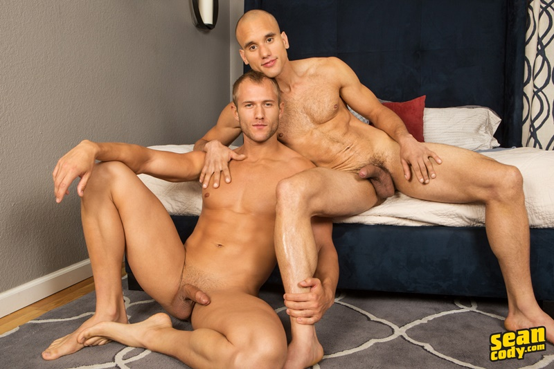 seancody-sean-cody-frankie-blake-bareback-anal-fucking-big-thick-long-large-dick-bare-raw-barebacking-anal-rimming-cocksucker-011-gay-porn-sex-gallery-pics-video-photo