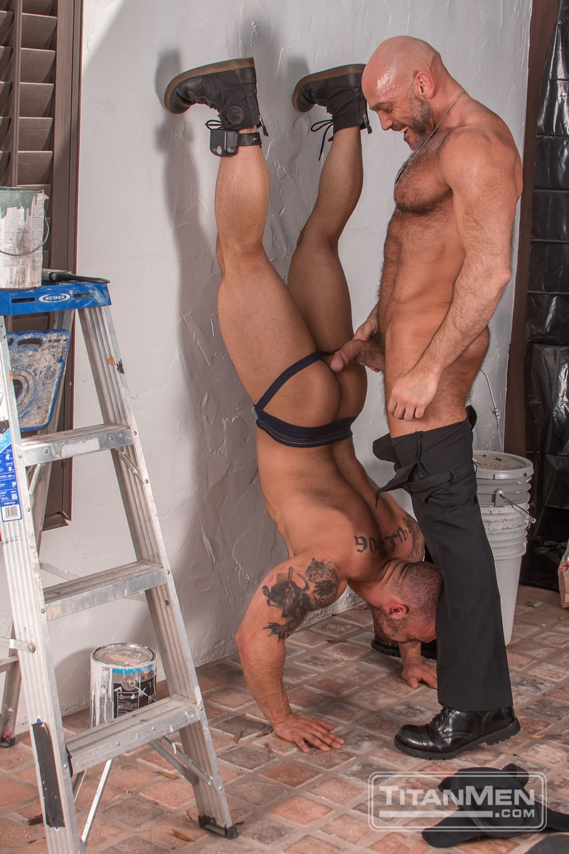 titanmen-naked-older-matur-muscle-men-parole-officer-jesse-jackman-fucks-ass-parolee-lorenzo-flexx-big-thick-long-dick-cocksucker-005-gay-porn-sex-gallery-pics-video-photo
