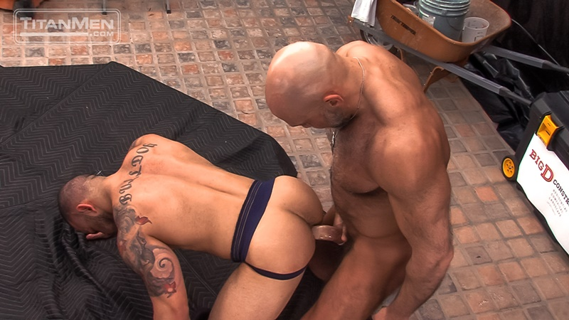 titanmen-naked-older-matur-muscle-men-parole-officer-jesse-jackman-fucks-ass-parolee-lorenzo-flexx-big-thick-long-dick-cocksucker-015-gay-porn-sex-gallery-pics-video-photo