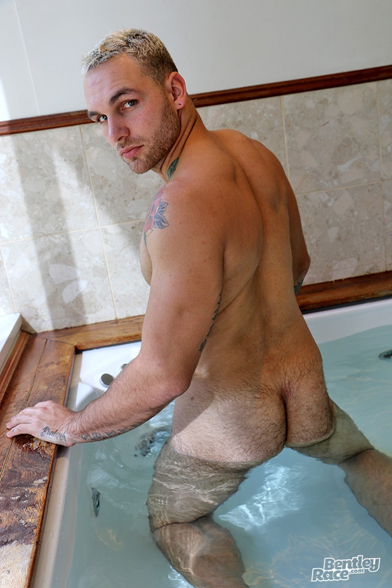 bentleyrace-sexy-young-naked-muscle-hunk-hunter-jones-australian-aussie-boy-beard-inked-tattoo-hairy-ass-cheeks-low-hanging-balls-015-gay-porn-sex-gallery-pics-video-photo