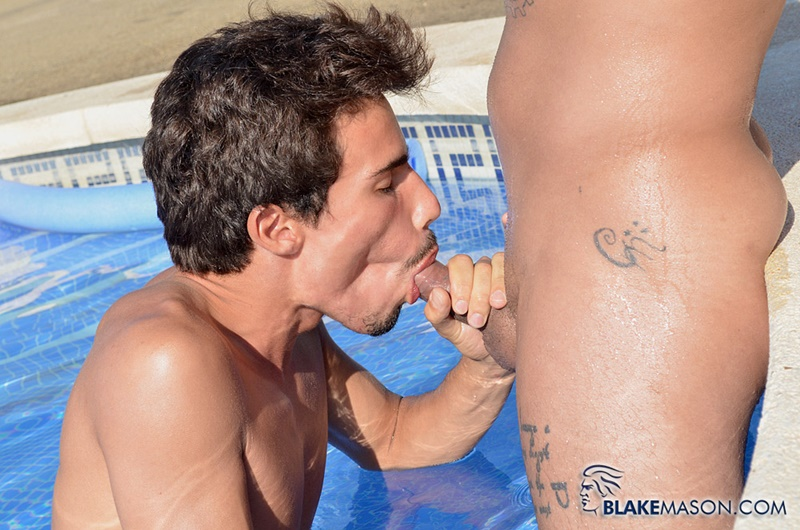 blakemason-young-muscled-nude-dudes-cairo-jordan-ass-hole-huge-dick-fucking-mickey-taylor-muscle-asshole-outdoors-anal-assplay-008-gay-porn-sex-gallery-pics-video-photo