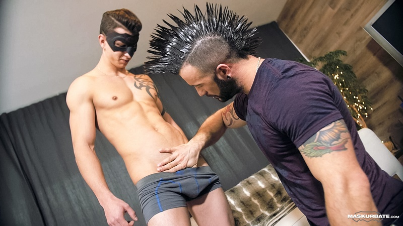 maskurbate-sexy-big-tattoo-muscle-naked-dude-manuel-deboxer-casting-marc-huge-thick-large-long-dick-sucking-jerk-off-005-gay-porn-sex-gallery-pics-video-photo