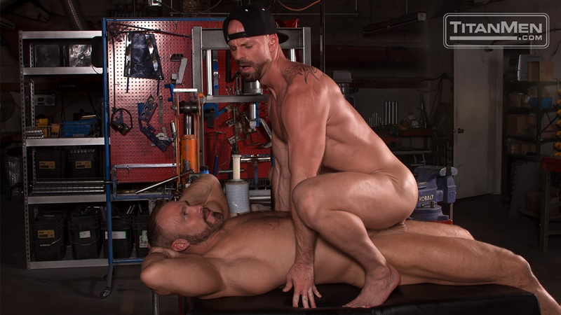 titanmen-hot-sexy-naked-big-muscle-dudes-dallas-steele-mitch-vaughn-flip-flop-ass-fucking-big-thick-large-dick-sucking-009-gay-porn-sex-gallery-pics-video-photo