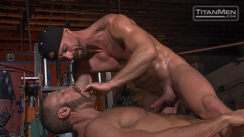 titanmen-hot-sexy-naked-big-muscle-dudes-dallas-steele-mitch-vaughn-flip-flop-ass-fucking-big-thick-large-dick-sucking-022-gay-porn-sex-gallery-pics-video-photo
