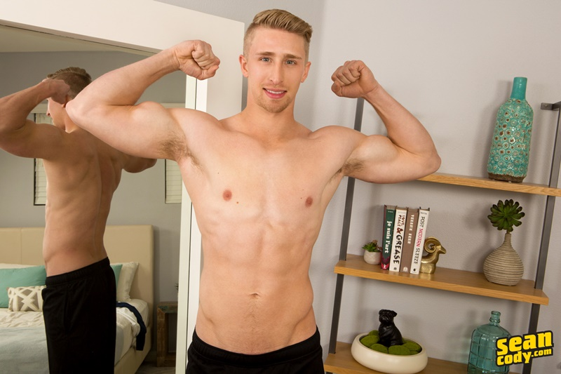 SeanCody sexy ripped nude muscle hunk Vance jerking thick huge all american dick bubble butt asshole smooth chest 005 gay porn sex gallery pics video photo - Sean Cody Vance strips naked jerking his huge All American dick