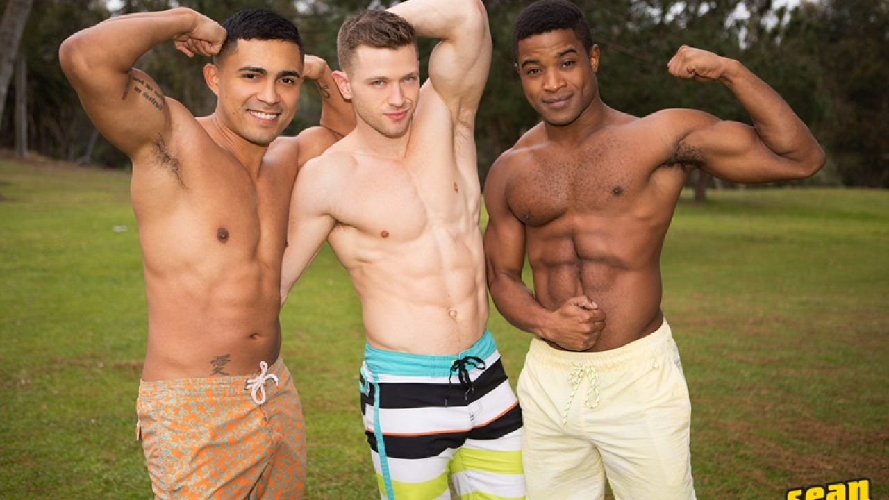 Muscle Men Gay Porn hot naked muscle boys landon, deacon and asher bareback ass