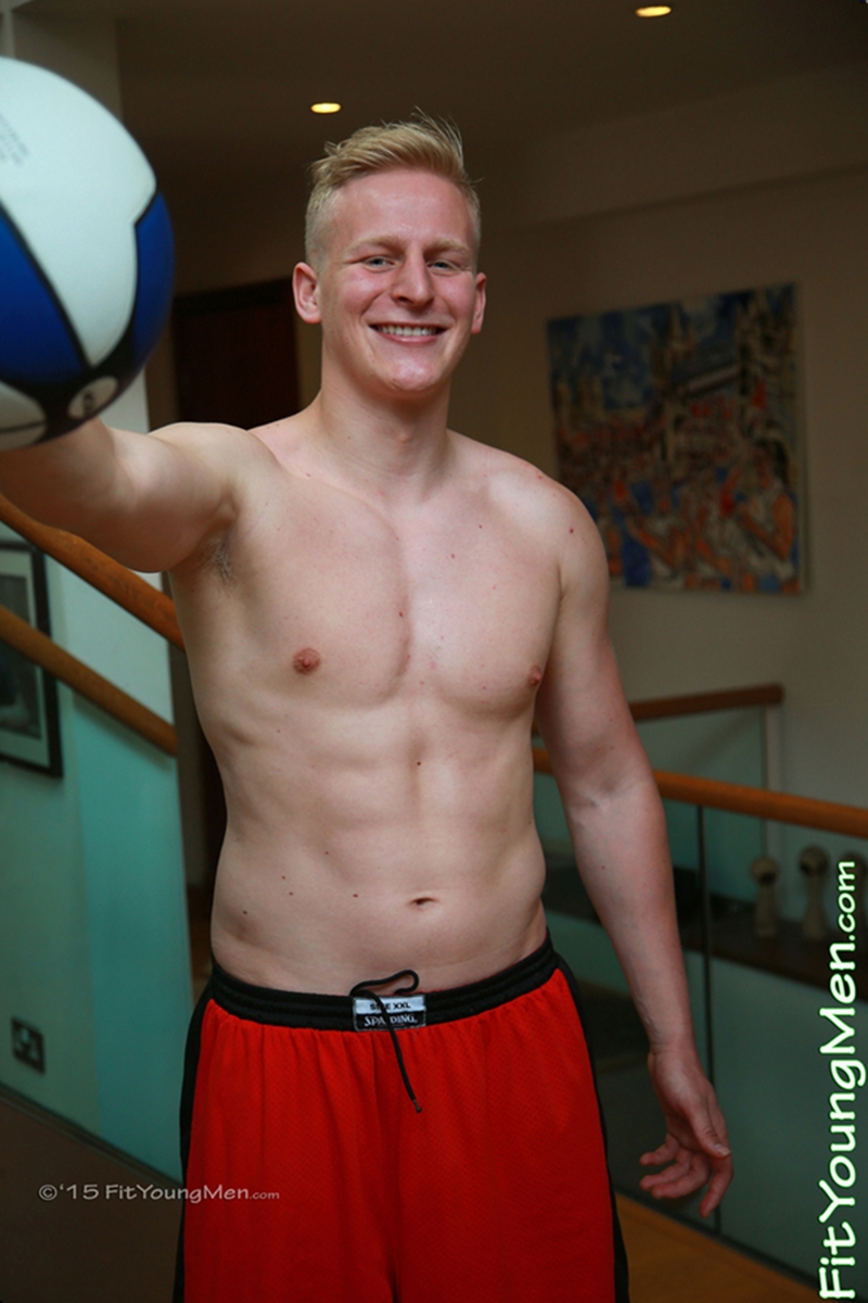 FitYoungMen-Daniel-Crowley-Basketballer-Age-21-years-old-Straight-naked-sportsmen-blond-hair-ripped-abs-big-pecs-huge-arms-001-gay-porn-video-porno-nude-movies-pics-porn-star-sex-photo