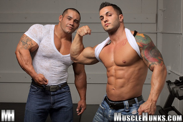 Hard body muscleman wrestler Diego El Potro v Superheavyweight muscle puppy Bill Baker at Muscle Hunks 3 Ripped Muscle Bodybuilder Strips Naked and Strokes His Big Hard Cock photo - Hard body muscleman wrestler Diego El Potro v Superheavyweight muscle puppy Bill Baker at Muscle Hunks