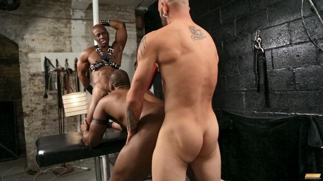 Jay-Black-Nubius-Sam-Swift-huge-black-cocks-threesome-spit-roasting-014-male-tube-red-tube-gallery-photo