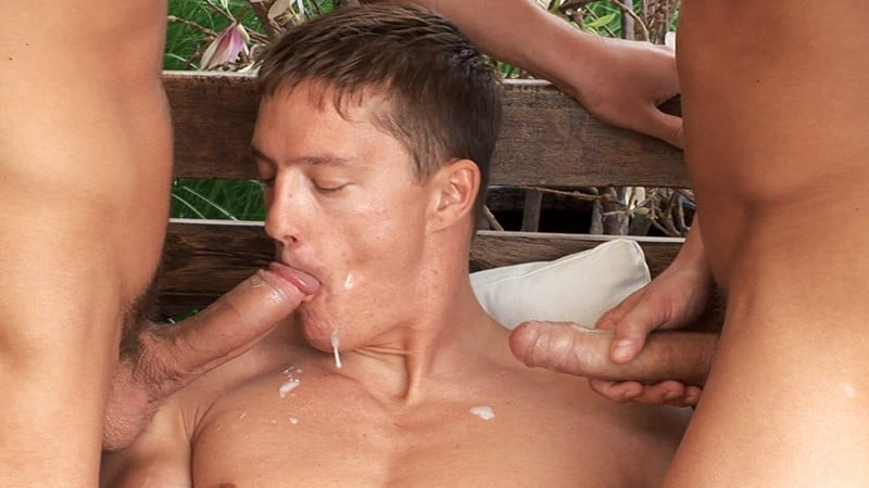 Men for Men Blog Sascha-Chaykin-Vadim-Farrell-Phillipe-Gaudin-hardcore-ripped-young-studs-anal-fuck-fest-BelamiOnline-033-gay-porn-pictures-gallery Gorgeous ripped young studs Sascha Chaykin, Vadim Farrell and Phillipe Gaudin hardcore anal fuck fest Belami