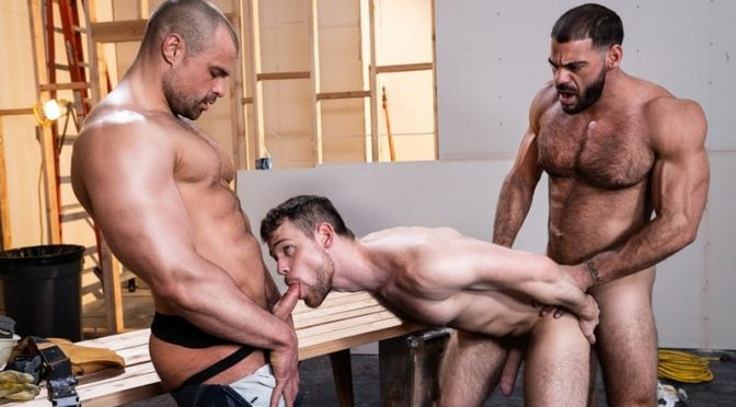 Hardcore gay threesome Ricky Larkin and Jaxx Thanatos spit roast Kurtis Wolfe's hot asshole