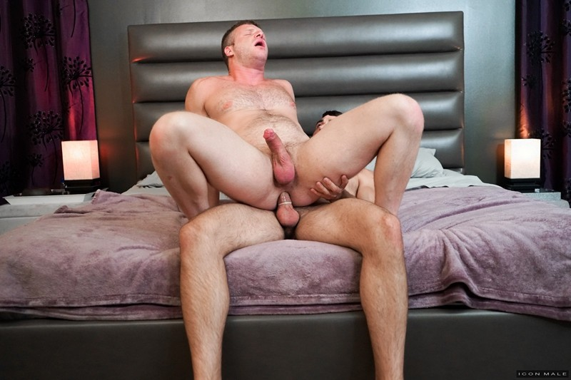 Men for Men Blog Gay-Porn-Pics-013-Mason-Lear-Brian-Bonds-Hairy-chested-cub-huge-dick-fucks-tight-hairy-asshole-IconMale Hairy chested cub Mason Lear's huge dick fucks Brian Bonds' tight hairy asshole Icon Male