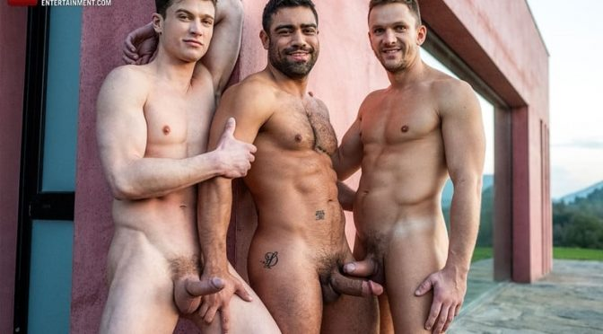 Hot gay threesome Andrey Vic and Wagner Vittoria's huge dicks double-fuck Ruslan Angelo's hot muscle ass