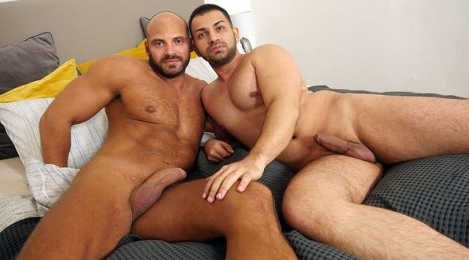 Javi Garcia's hot Indian ass takes the full thickness of Zack Hood's massive erection till he is blowing his load all over