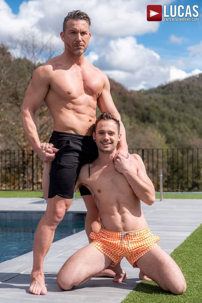 Muscle-Daddy-Tomas-Brand-bareback-fucks-Drake-Rogers-hot-bubble-butt-Ass-LucasEntertainment-006-Gay-Porn-Pics