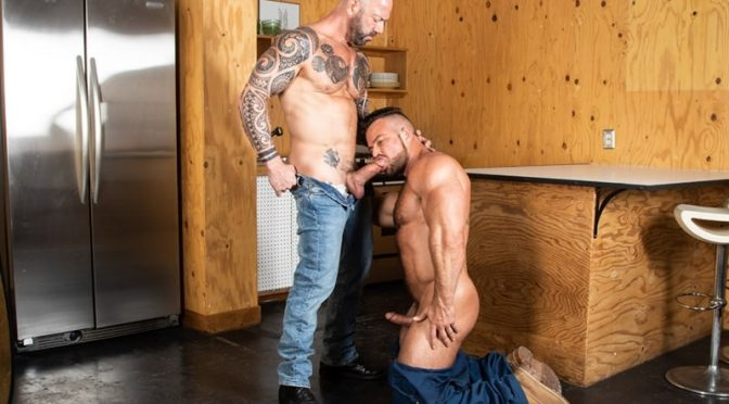 Tattooed hunk Vic Rocco's huge cock slams into Liam Knox's hot muscle hole