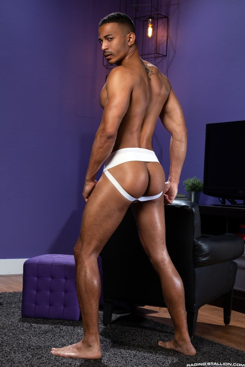 RagingStallion-Zario-Travezz-swallows-Logan-Stevens-huge-cock-mouth-service-blowjob-008-Gay-Porn-Pics