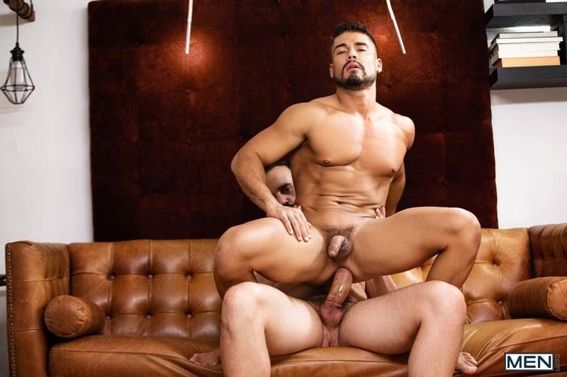 Andy-Onassis-massive-cock-Dann-Grey-bubble-butt-ass-hole-Men-011-Gay-Porn-Pics